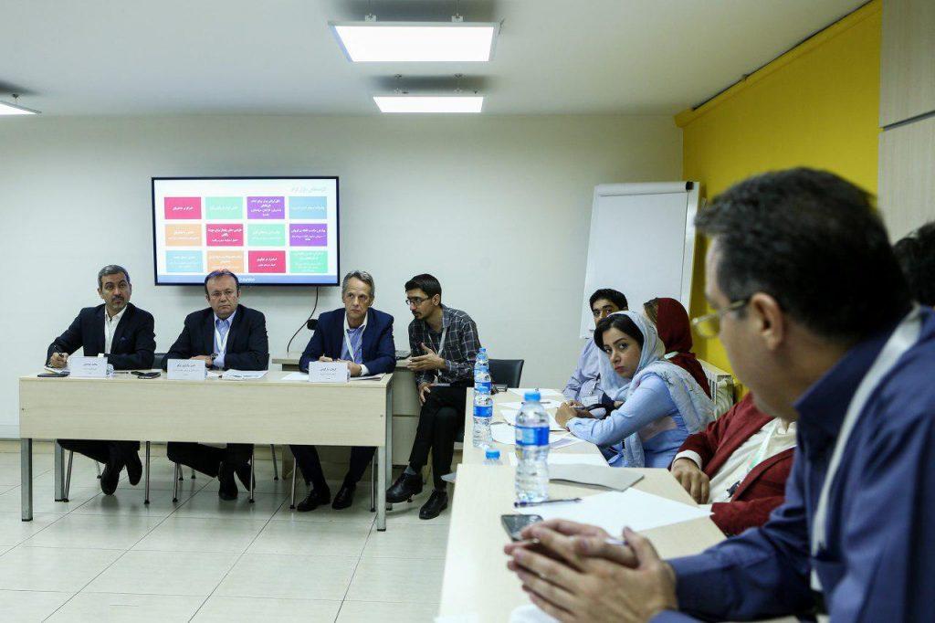 دکتر گرهارد بارکوس، دکتر ناصر پاشاپور نیکو ، دکتر محمد موسوی